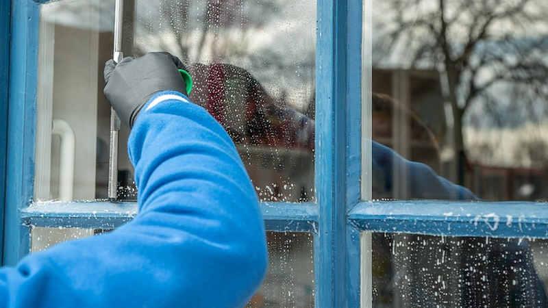 Spray lavavetri da fare in casa